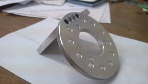 Pump adaptor flange
